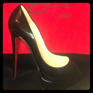 NEWLY RESTORED Christian Louboutin Lady Peep 150